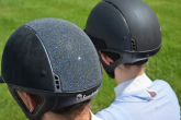 HOW TO CHOOSE A RIDING HELMET?
